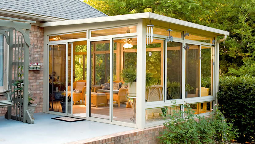 traditional sunroom in the porch