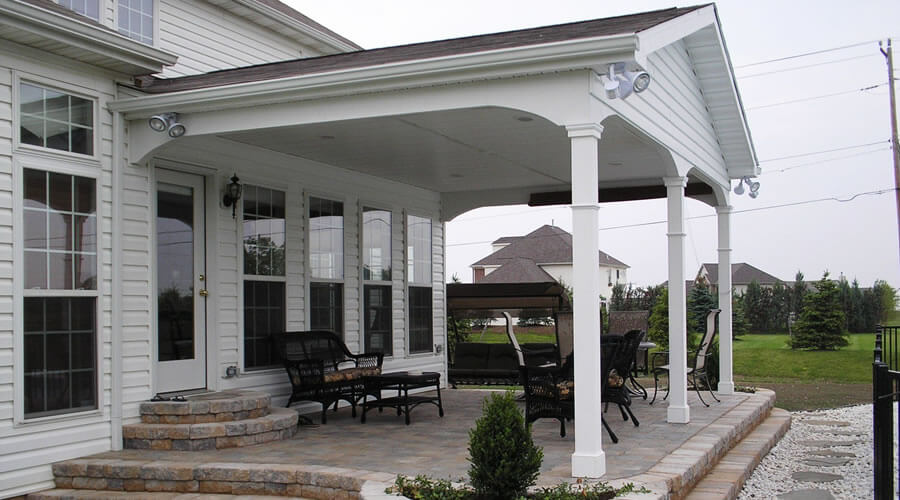 Front Porch and Rear Covered Patio-Deck