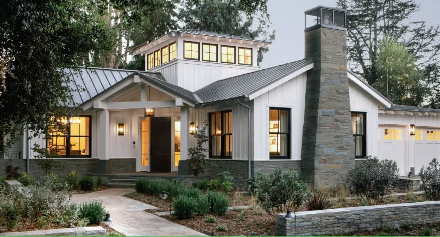 Architectural style - Farmhouse Style house