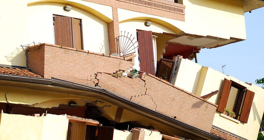 How Earthquake-Proof Buildings Work