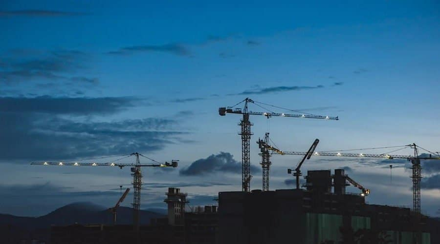 How To Manage Common Construction Site Hazards