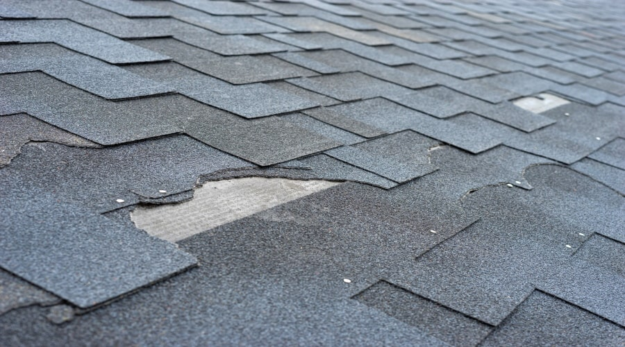 You Should Never Ignore These 7 Roofing Problems