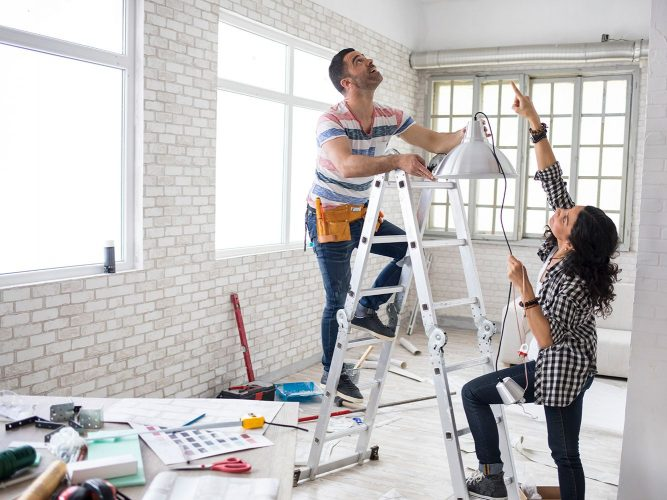 Choosing a Contractor for Remodeling Projects-Top Factors To Consider!