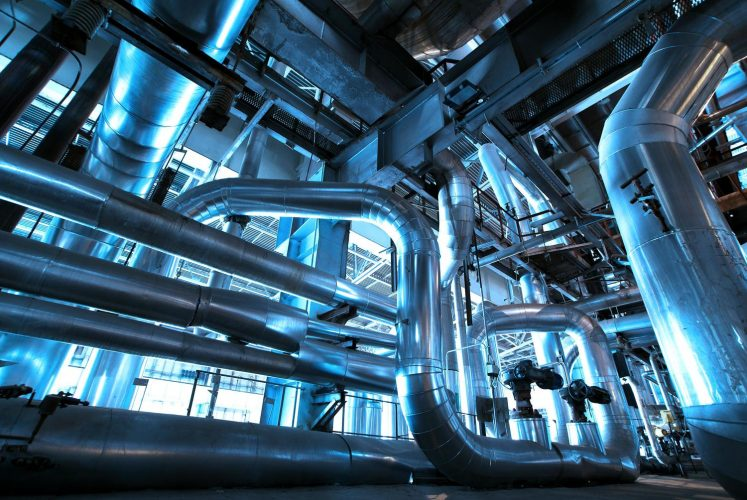 The Difference Between Piping and Tubing