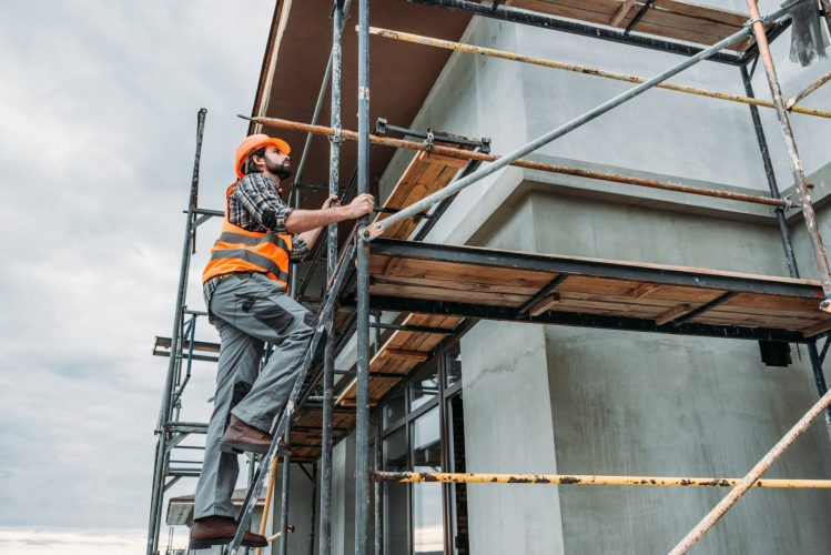 Uses of Scaffolding on Work Sites