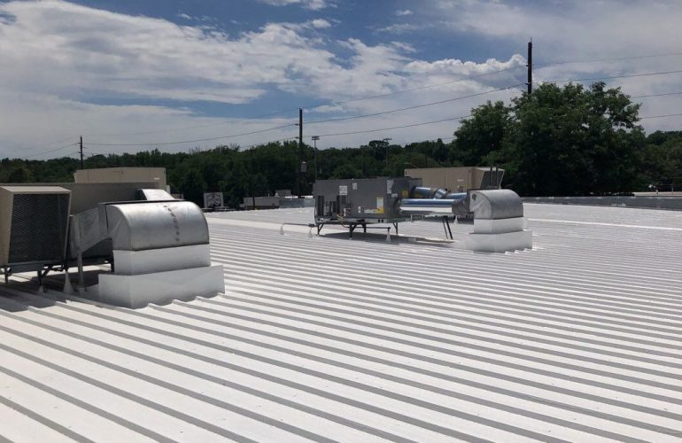 5 Reasons to Use Polyurethane Foam Spray for Your Commercial Roof