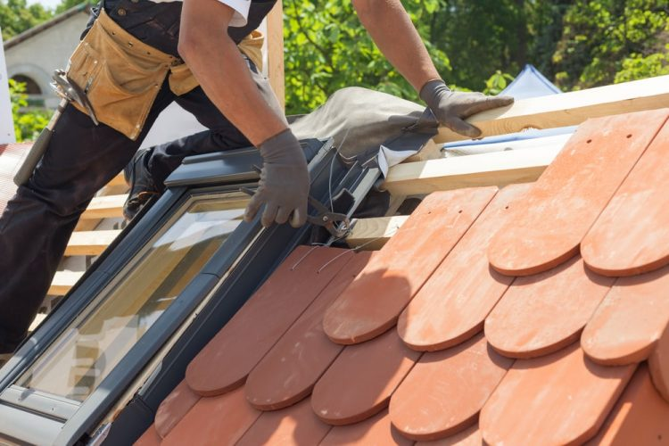 Roof Maintenance – 6 Tips to Make Your Roof Last